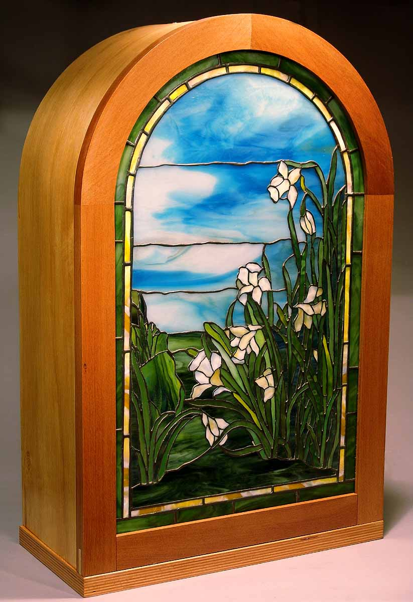 Daffodil laded glass window 32 by 19 inches design of for Window design normal