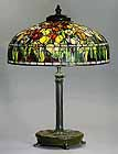 Tulip Tiffany table lamp